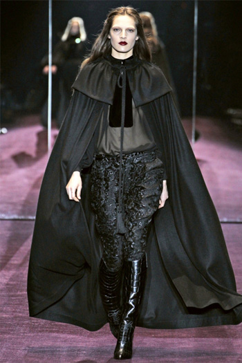1349766055_fashion_capes_for_fall_winter_2012_2013_023